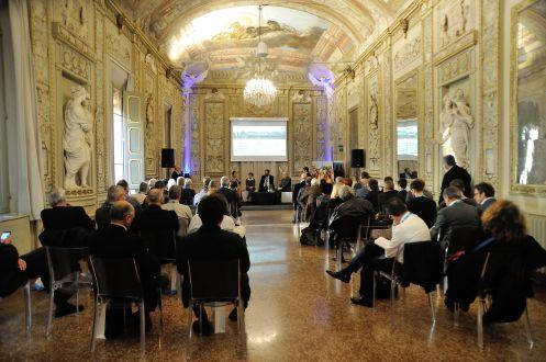 Bologna 27 ottobre 2015, Palazzo Gnudi.Le innovazioni digitali a portata di PMI. Tavola rotonda con CNA Modena.