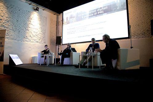 Firenze 17 novembre 2015, Spazio UOLL.Le innovazioni digitali a portata di PMI. Tavola rotonda con Giunti Editore.