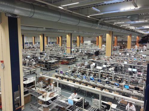 Linee di produzione presso lo stabilimento Fujitsu di Augsburg