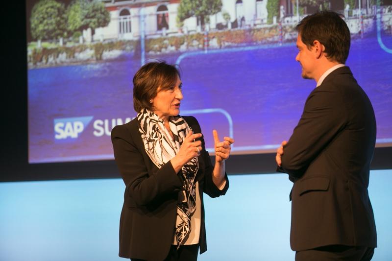 Luisa Arienti, AD di SAP, con Andrea Bignami di SkyTG24 al SAP Executive Summit 2016