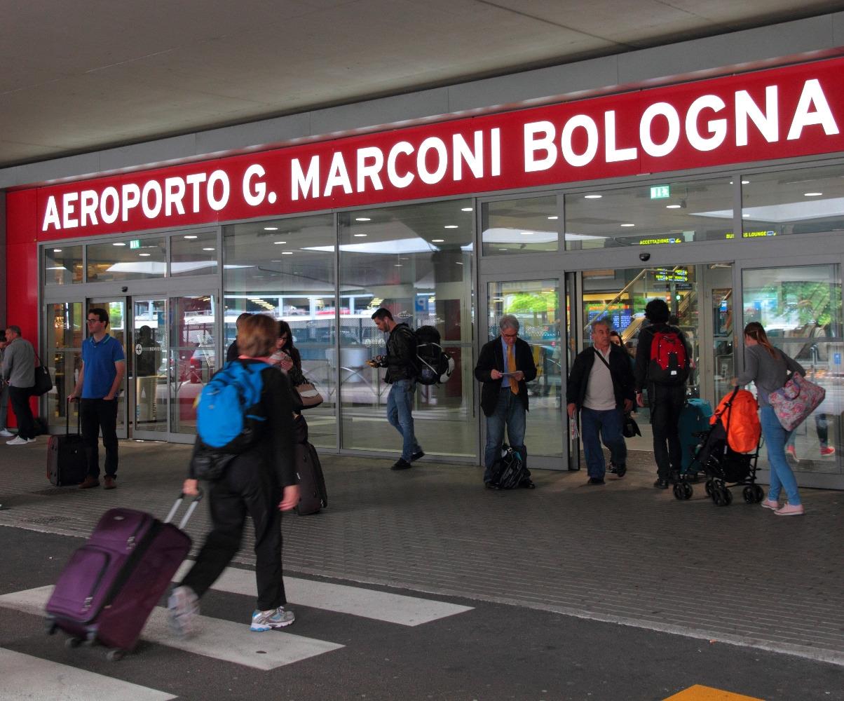 Aeroporto Guglielmo Marconi : Aeroporto di bologna un crm per servizi quot su misura ai