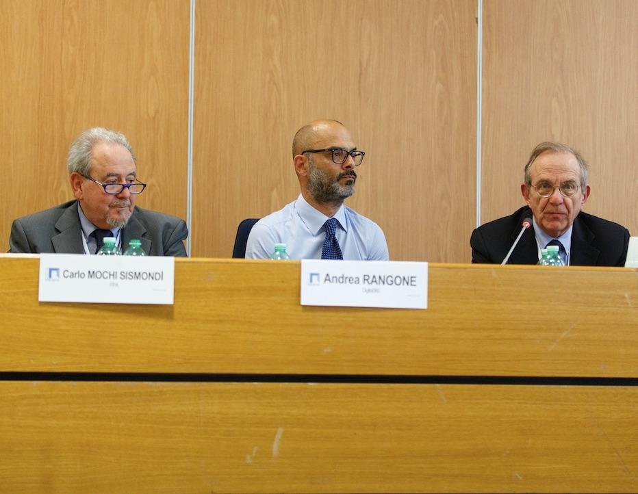 Il ministro Padoan con Andrea Rangone e Carlo Mochi Sismondi