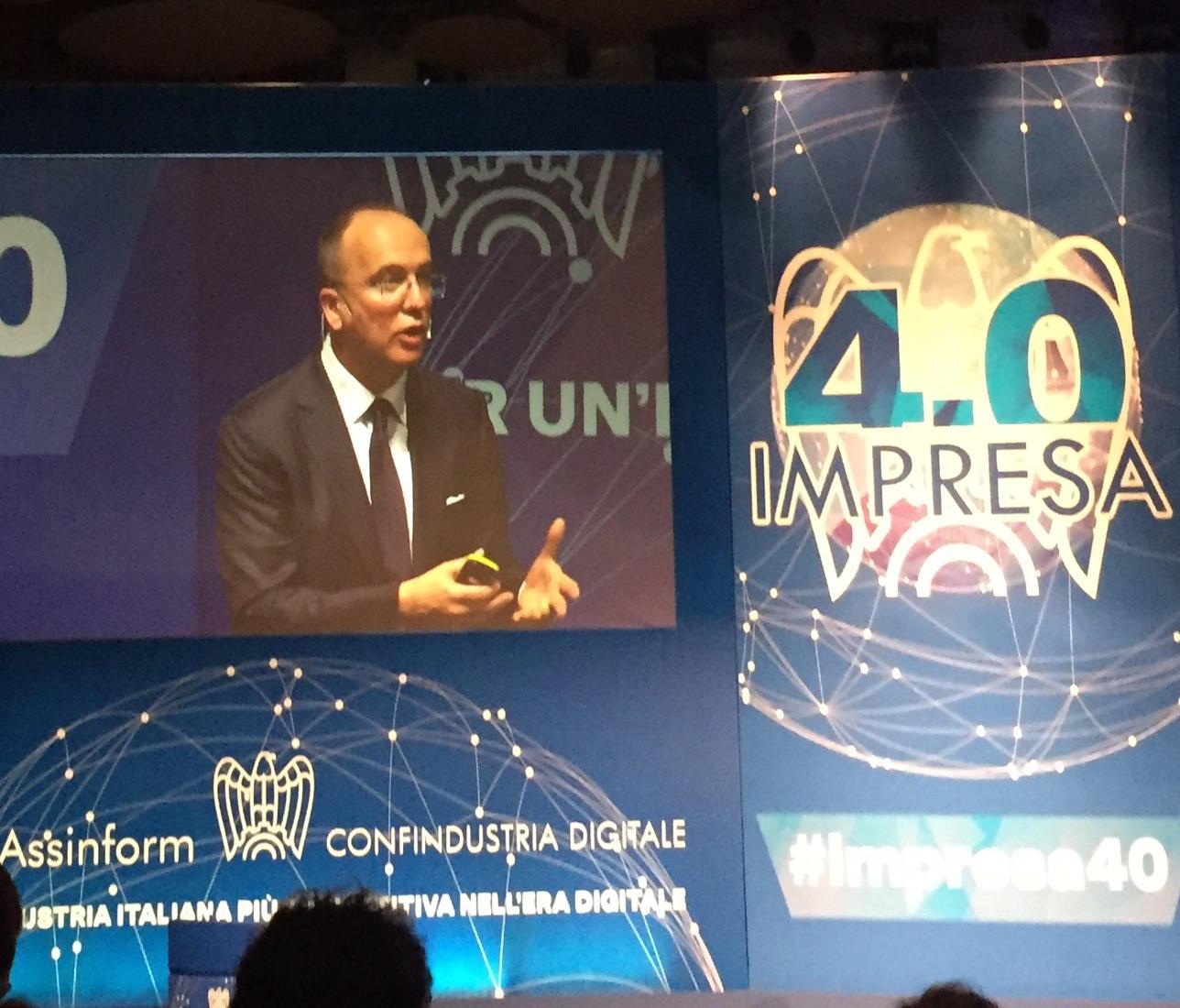 Agostino Santoni, Presidente di Assinform, introduce l'evento ''Impresa 4.0'' a Milano