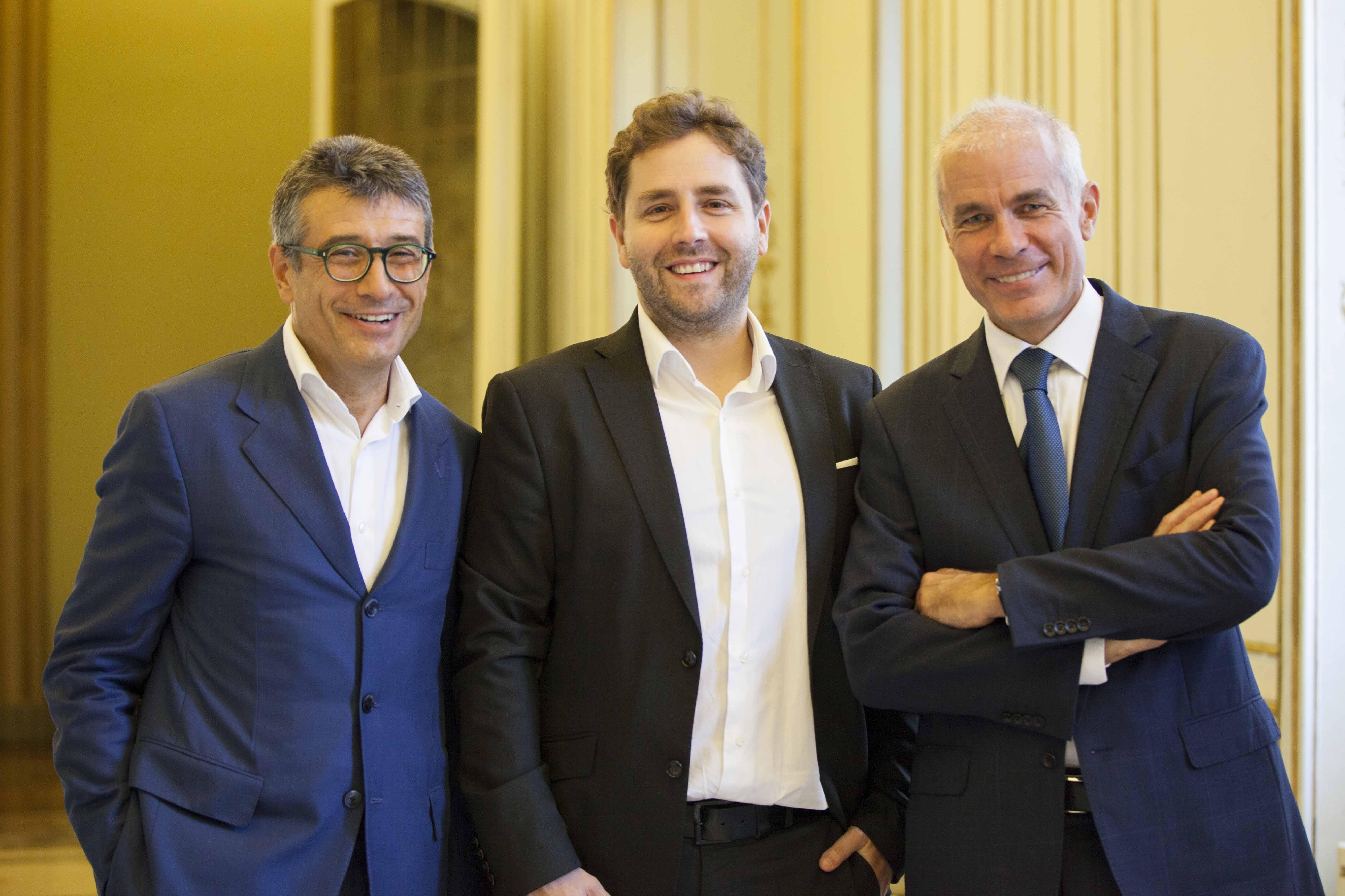Fabio Troiani (a sinistra) e Carlo Capè (a destra), co-fondatori e AD di BIP, con Luca Mascaro, AD di Sketchin